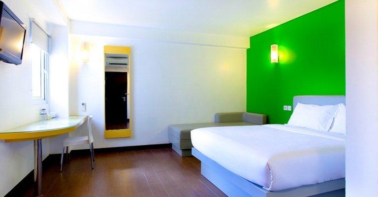 double bed amaris diponegoro
