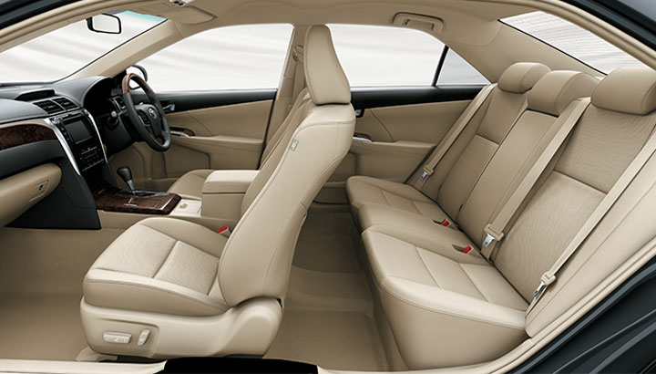 mobil camry