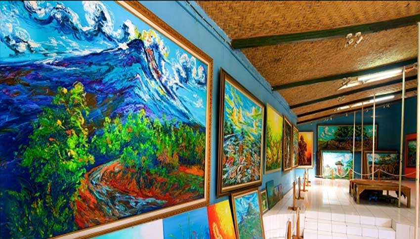 Melukis-di-Museum-Affandi
