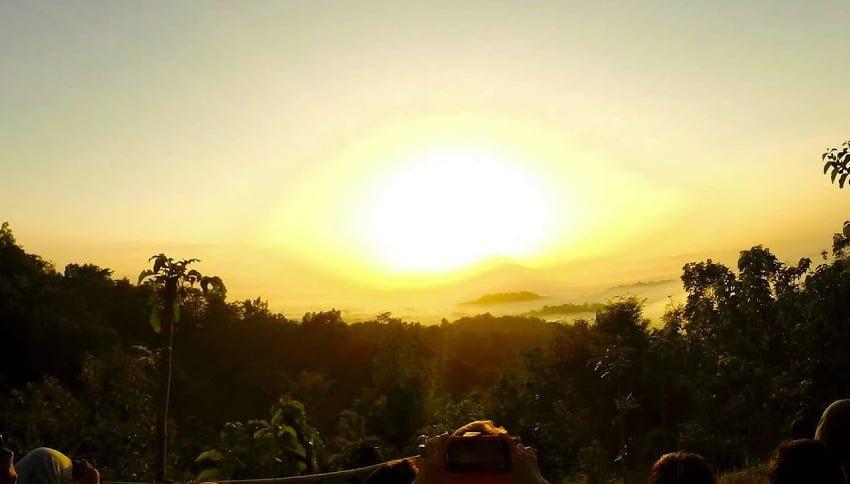 Lokasi Punthuk Setumbu Nirvana Sunrise