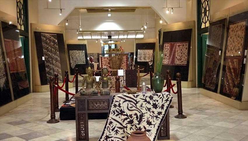 Ruangan-di-Museum-Batik