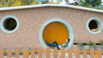 Rumah Hobbit Sleman