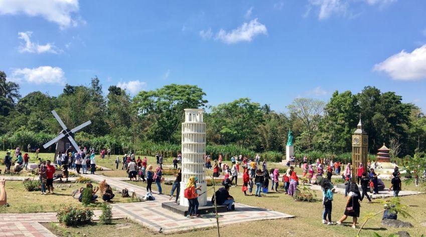 Rute Lokasi Merapi Landmark