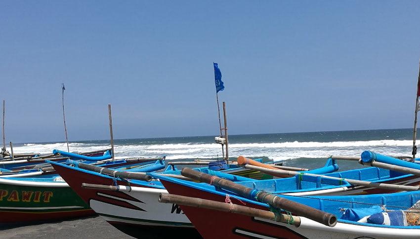 Kapal Nelayan Pantai Depok