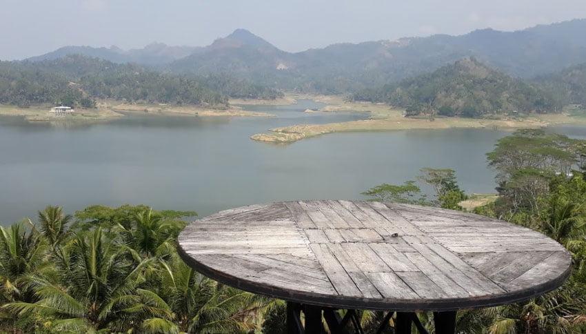 Pemandangan Dari Bukit Jangkang