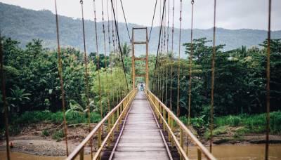 Suasana di Jembatan Soka