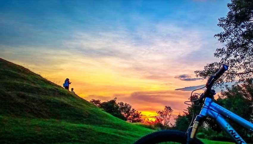 Sunset di Candi Abang