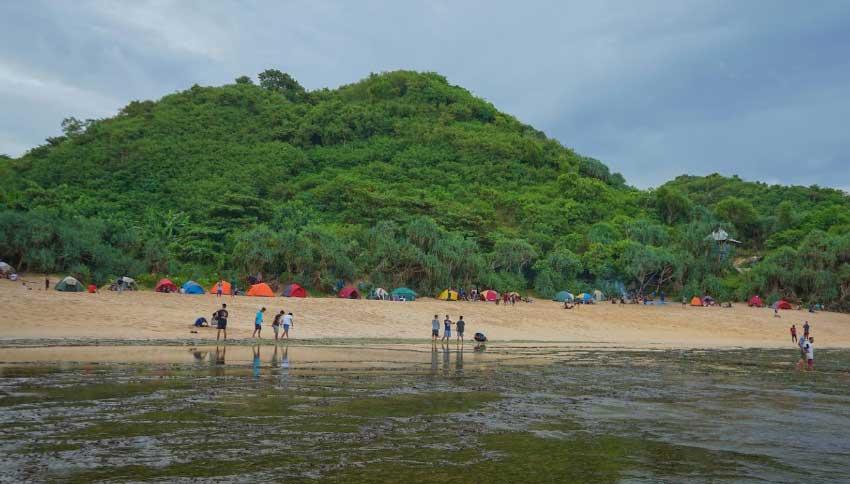 Wisata Pantai Sedahan Gunungkidul