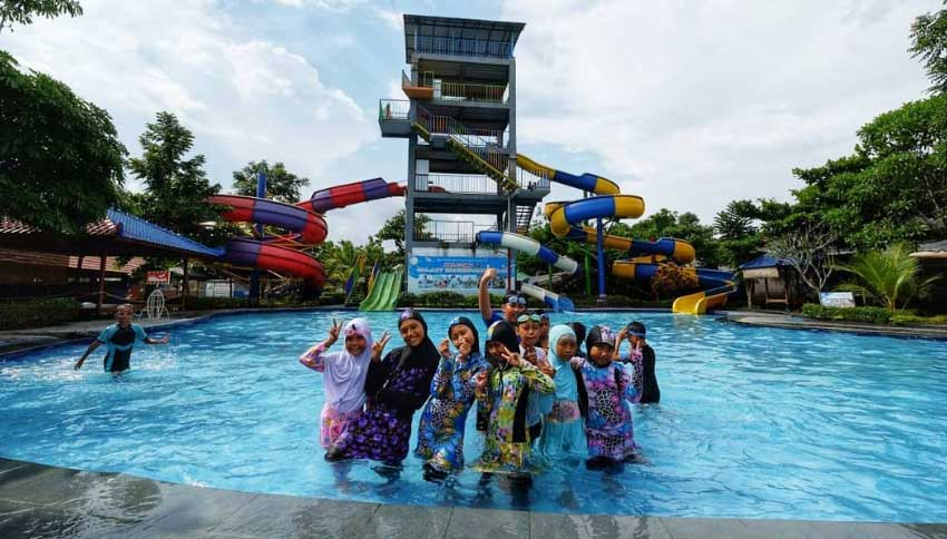 Wisatawan Galaxy Waterpark Jogja