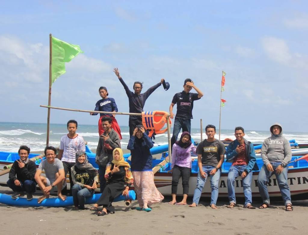 Pantai Kuwaru @pradiptasynatria