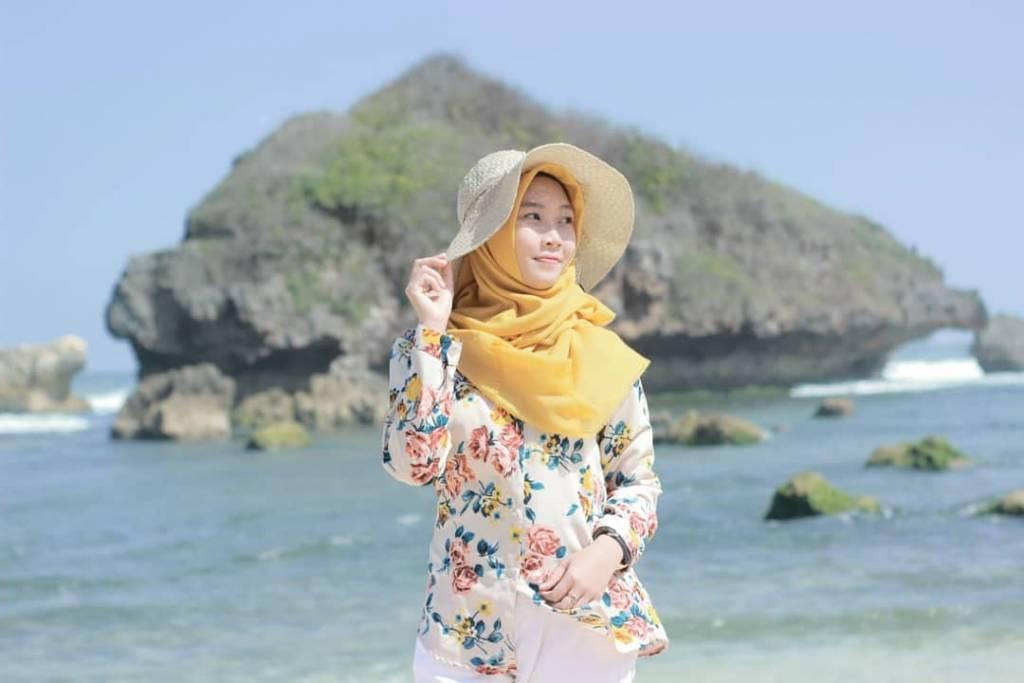 Pantai Sadranan @dahliafitriyanti