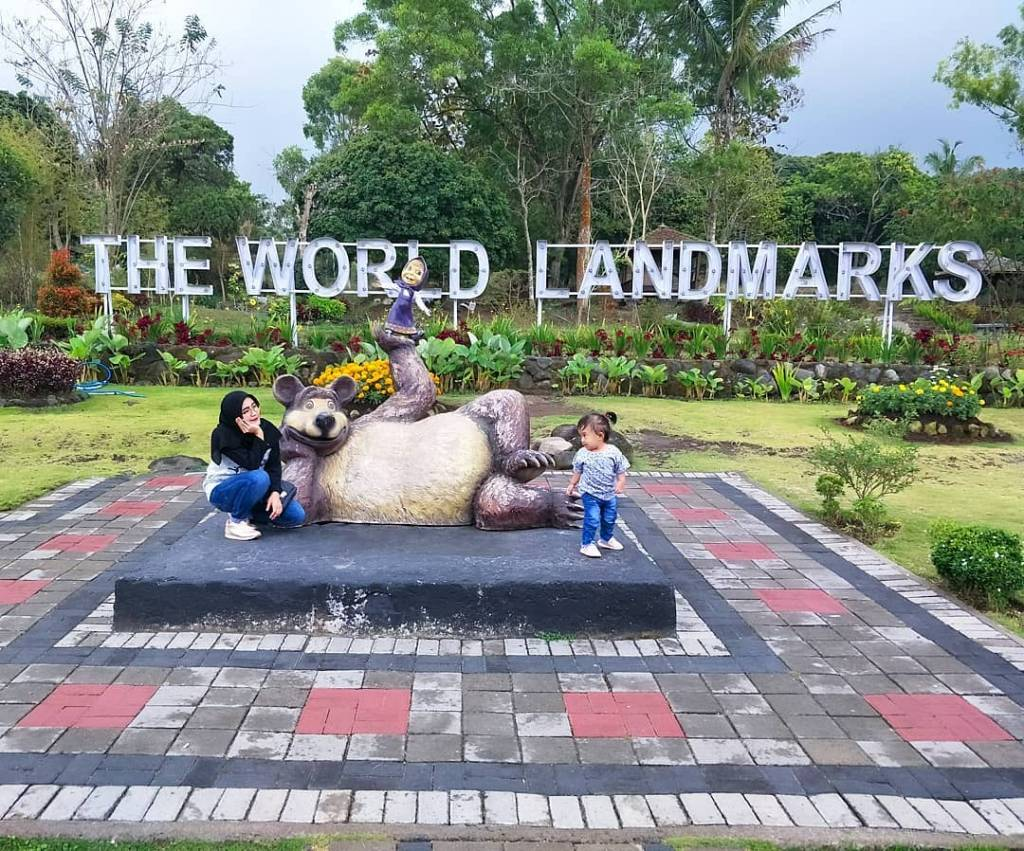 The World Landmark Merapi Park @mamiiumamii